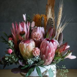 flower arrangement, native flowers, flower farm