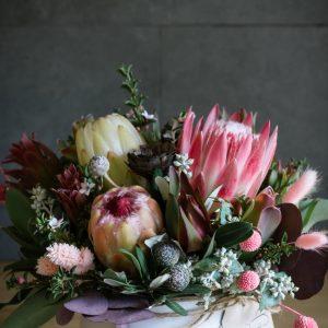 flower arrangement, native bowl, flowers